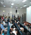 活動會場內演講內容吸引聽眾專注聆聽與踴躍討論