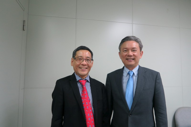 Professor Khay Guan Yeoh and Vice President Clifford Chao