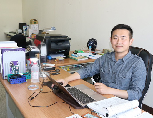 「CMU Assistant Professor Ming-Chieh Li and Research Team from Harvard University Published Breakthrough Research Findings on the International Journal Environmental Research」新聞封面圖