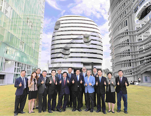 「Global Views Monthly Ranks CMU as Taiwan's Second Best Private University and Second Best Medical University」新聞封面圖